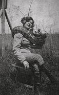 09. Miss Olga JEANNET, Dompteuse