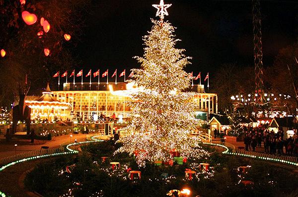 Sapin de Noël à Tivoli Copenhague