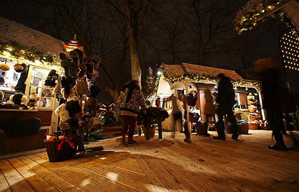 Marché de Noël à Tivoli Copenhague