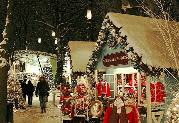 Village de Noël à Tivoli Copenhague