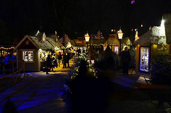 Marché de Noël aux Jardins de Tivoli Copenhague